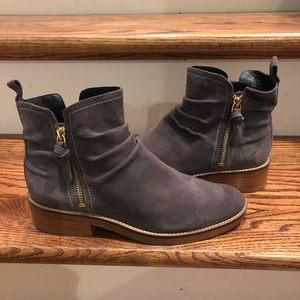 Cole Haan Womens grey boots sz 7 new